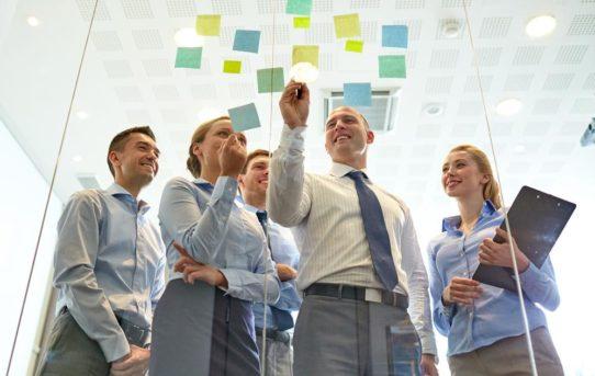 Vom Kollegen zum Chef  –  mit der Verantwortung umgehen und neue Impulse setzen: Führungskräfte-Trainings in Sachsen mit neuen Terminen