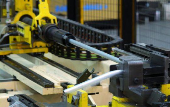 Baugruppen mit Rohrleitungen vereinfachen Herstellungsprozess