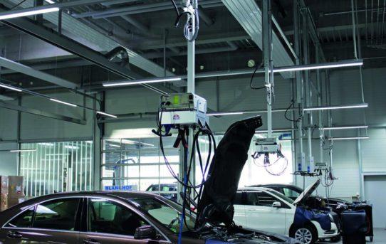 Neue E-BOX von MAHA bietet Energieversorgung direkt am Diagnose- und Service-Arbeitsplatz