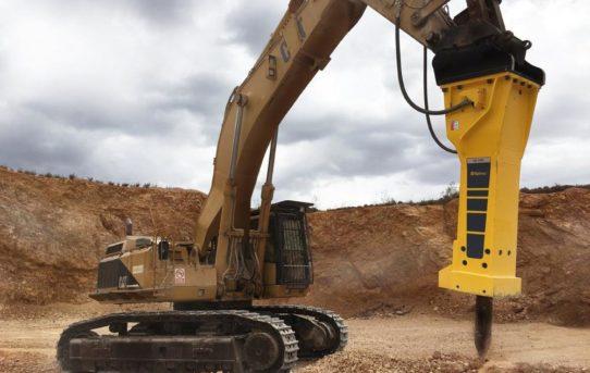 Epiroc Hydraulikhammer HB 7000 DP – eine erfolgreiche Lösung für einen Steinbruch auf Mallorca