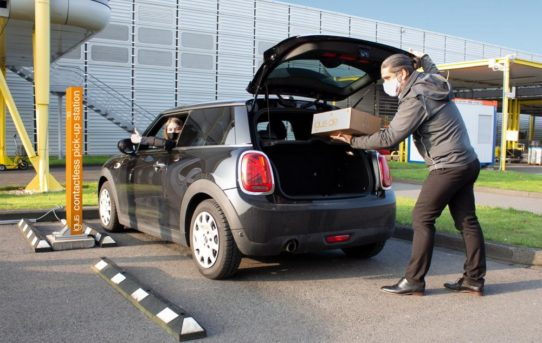 motion plastics to go: igus eröffnet Drive-in für kontaktlose Abholung