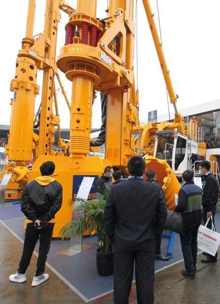 BAUER Maschinen Gruppe auf der Bauma in Shanghai: Neueste Spezialtiefbautechnologie für den asiatischen Markt