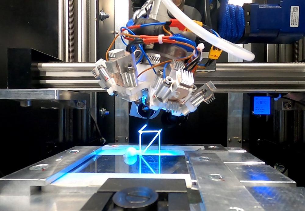 3D-Druck im Weltraum: igus Linearachsen fertigen Ersatzteile in der Schwerelosigkeit