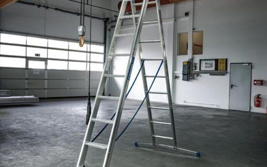 Mauderer Alutechnik präsentiert Premium-Stufenleitern für den Bau