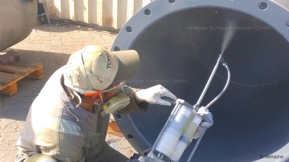 Chemikalienbeständige sprühbare Schutzbeschichtung