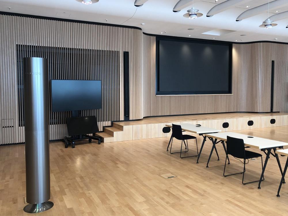 youvee® stattet dm-Logistikzentren, dm-Märkte und den Unternehmenssitz in Karlsruhe im Zuge eines Pilotprojektes mit Luftreinigern aus