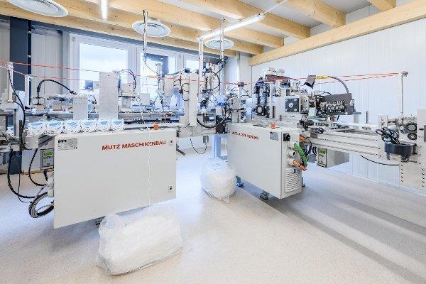 Atlas-Copco-Kompressor für die Schutzmasken-Produktion